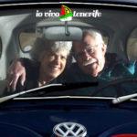 pensionati a tenerife anziani in auto